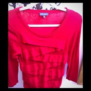 Vince Camuto red slim cut sweater with layers PM